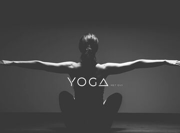 Yoga-met-Evy-header